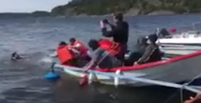 staged_refugee_drowning