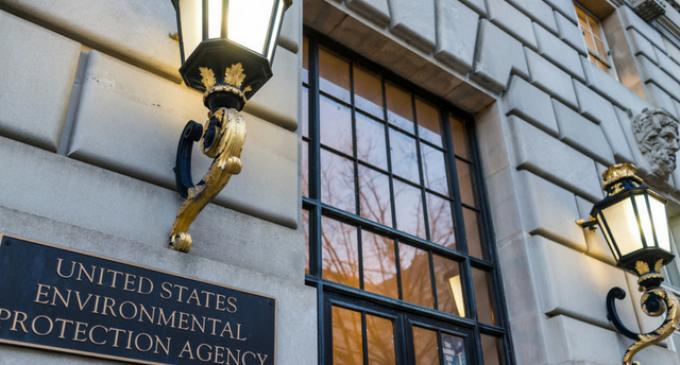 Washington Elite, Billionaires Plan for Doomsday