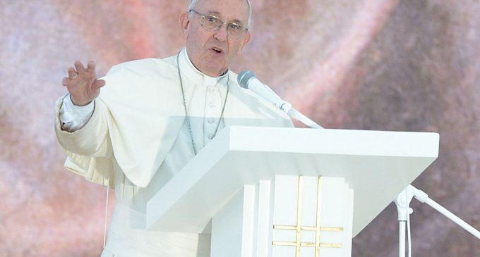 Pope Francis: Better to be Atheist than Hypocritical