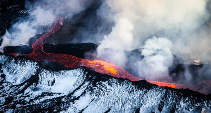 Yellow Alert Now Issued for 2 Major Volcanoes in North America