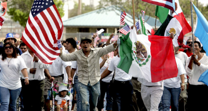 Pew: Illegal Immigrant Numbers Explode in Red States Ahead of 2020 Election