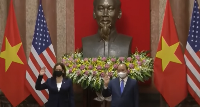Kamala Harris Poses in Front of Communist Ho Chi Minh Bust