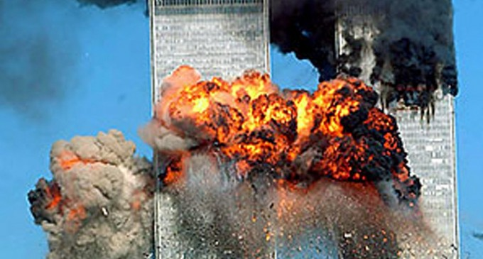 2000 Engineers: Controlled Detonations Took Down World Trade Center