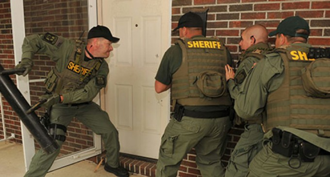 Fed Gov't Court: Police Can Kick In Your Door and Seize Guns Without Warrant