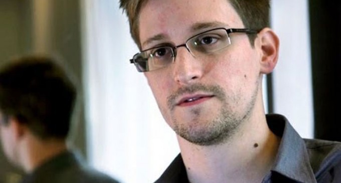 Whistleblower Snowden disputes Feinstein's NSA claim