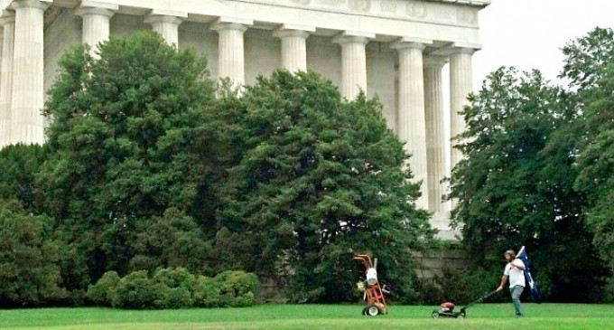 Patriot picks up the slack and cuts the grass at Lincoln Memorial