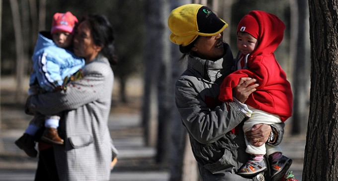 China Eases Notorious One-Child Policy And Abolishes Labor Camps