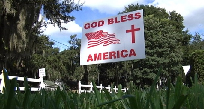 Florida City Bans 'God Bless America' Signs