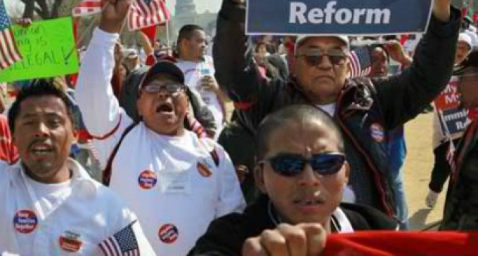 Democrat Wants Amnesty So Illegal Immigrants Can Enroll in Obamacare