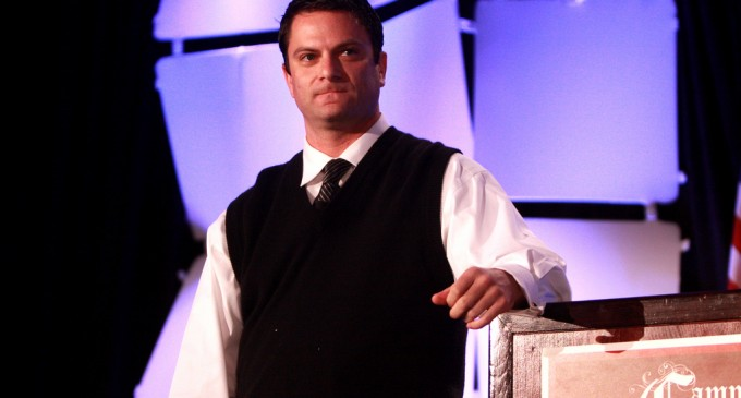 Lavabit: First Tech Firm to Shut Down Rather Than Comply With NSA Spying