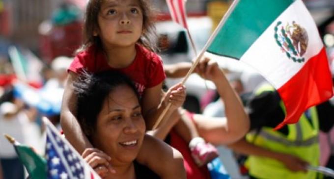 Obamacare Navigators Enrolling Illegal Immigrants At Mexican Consulates