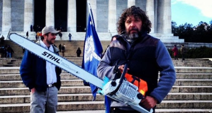 Americans honor Chris Cox for mowing, maintenance during shutdown