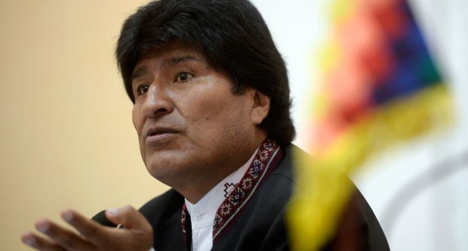 Bolivian president to sue Obama for crimes against humanity