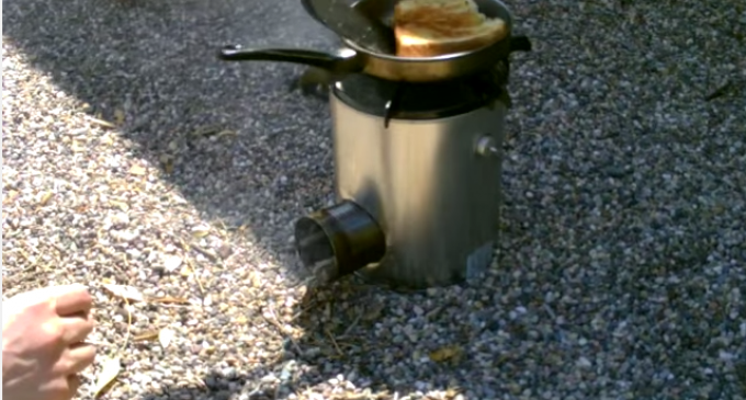 Simple homemade 3 tin can rocket stove truth and action for Tin can rocket stove