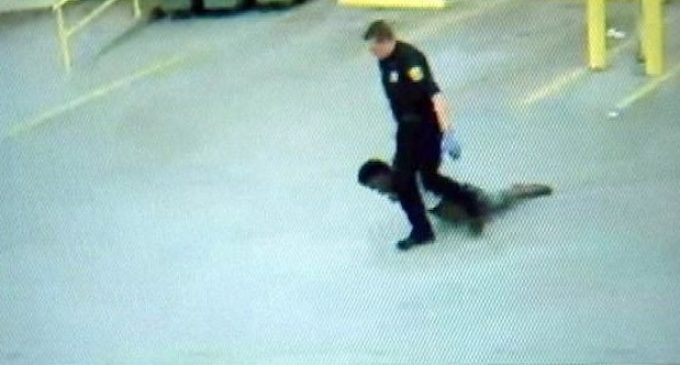 Uncooperative Woman Dragged by Police in Troubling Video